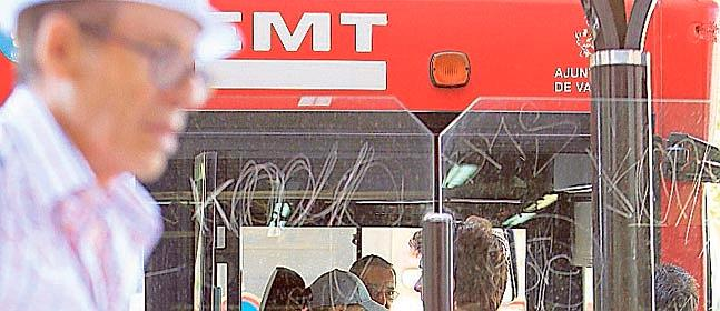10J: manfiestación contra los recortes de la EMT