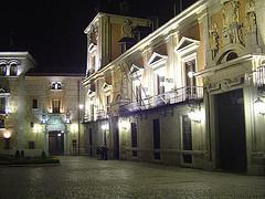 11 de noviembre: pleno ciudadano alternativo en la plaza de la Villa