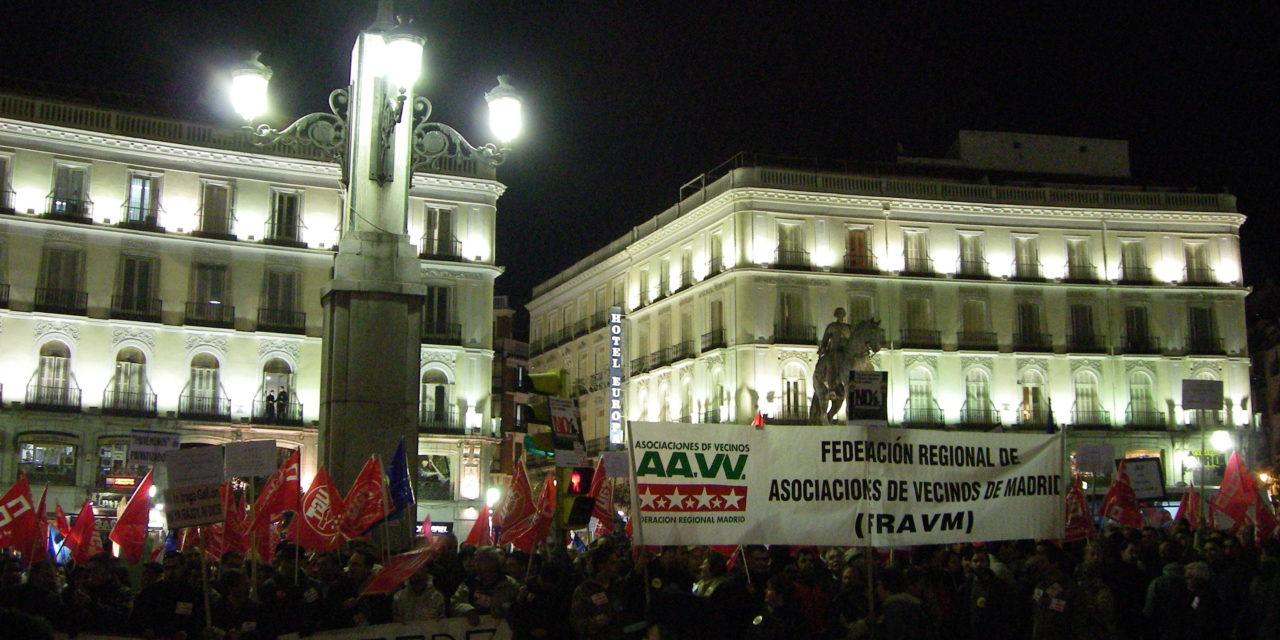 2.000 personas protestan por la privatización del Canal de Isabel II