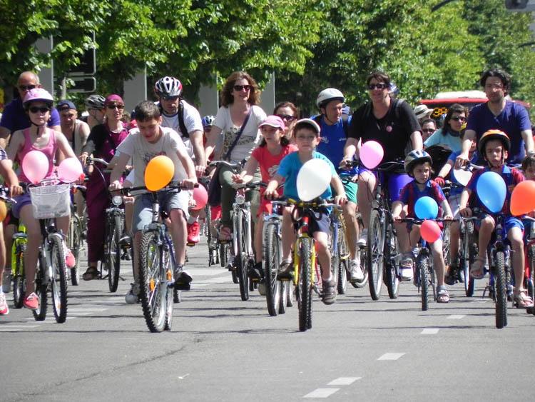 20S: bicicletada por los barrios del norte de Madrid