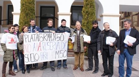 3.000 firmas contra la reserva de suelo en Sanse para el cierre de la M-50