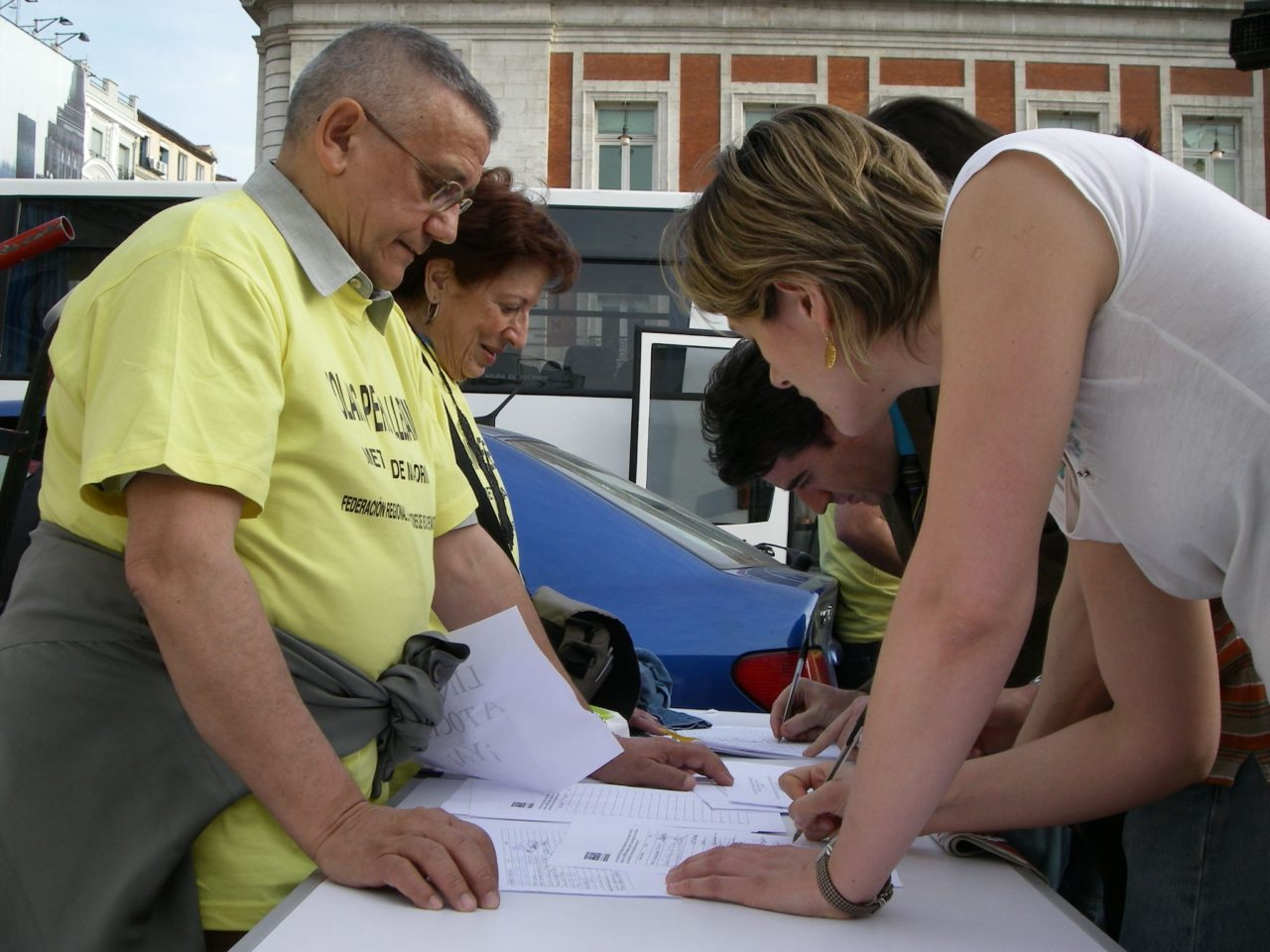 5.000 firmas contra las averías de metro