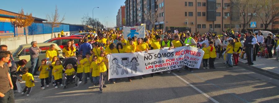 Butarque calienta motores para exigir sus centros escolares en la Puerta del Sol