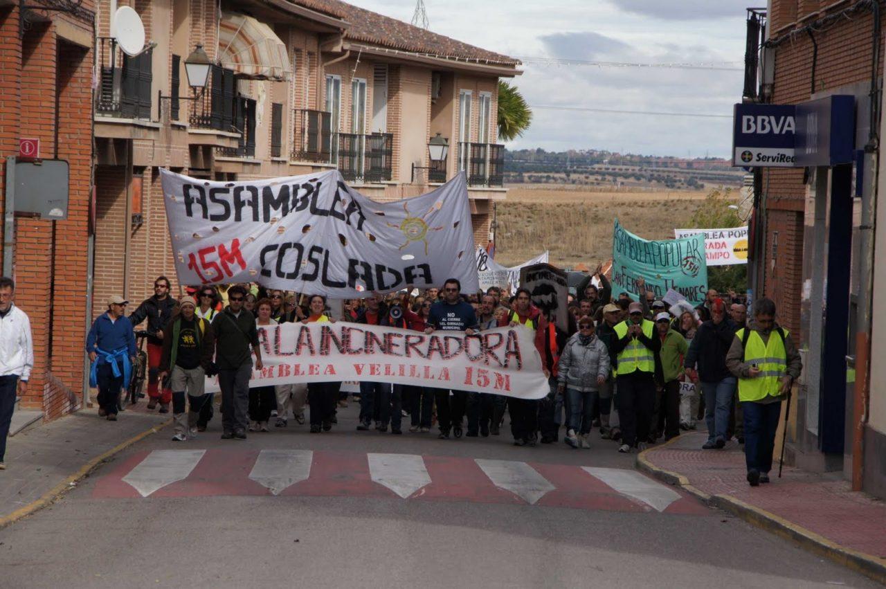 """Cacerolada popular contra el """"ecoparque"""" de Loeches"""