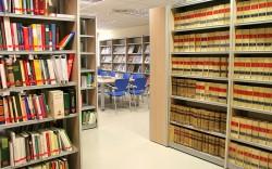 Caja Madrid deja sin biblioteca a miles de vecinos y vecinas