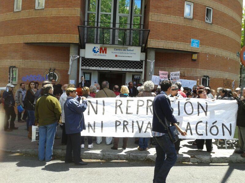 Carabanchel exige la restitución de los cuatro directores de centros de salud destituidos