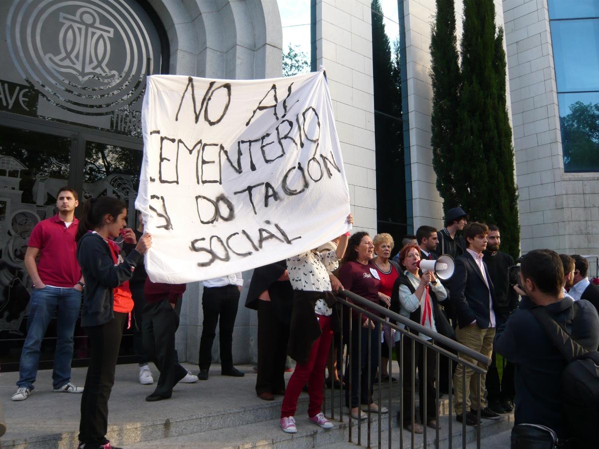 Carabanchel sigue en pie de guerra contra la construcción del cementerio de los Kikos
