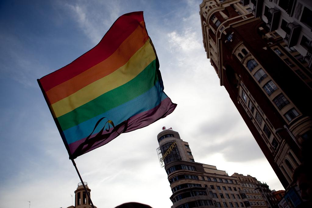 Chueca denuncia el incumplimiento de ordenanzas municipales en la fiestas del Orgullo