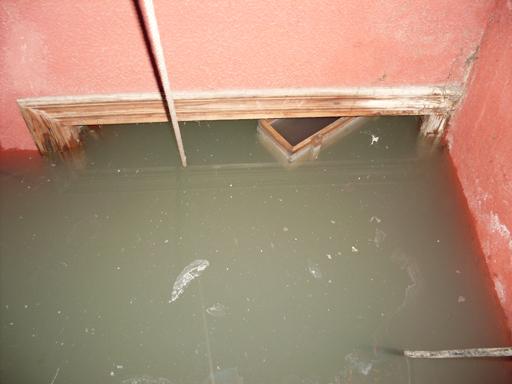 Ciempozuelos: decenas de viviendas sufren inundaciones de aguas fecales desde hace más de 10 años