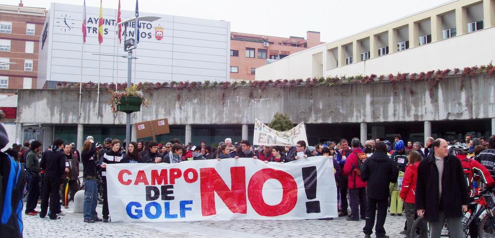 Colectivos ecologistas llevan su denuncia contra el campo de golf de Tres Cantos a Estrasburgo