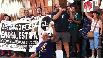 El 20 de julio, la PAH tratará de parar por segunda vez el desahucio de una familia de Pueblo Nuevo