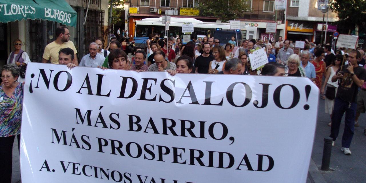 El Ayuntamiento de Madrid elude mediar con el Gobierno regional para impedir el desalojo de la AV Valle Inclán