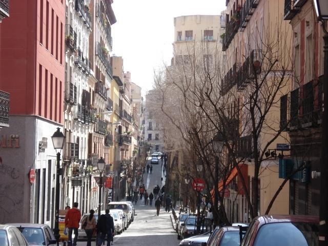 El Ayuntamiento de Madrid estudia declarar Área de Prioridad Residencial los barrios de Universidad y Justicia