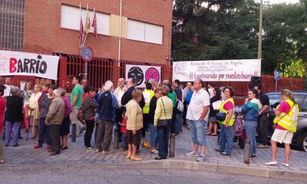 El Gobierno regional deja a medio millar de alumnos de Fuencarral sin espacio para hacer sus cursos