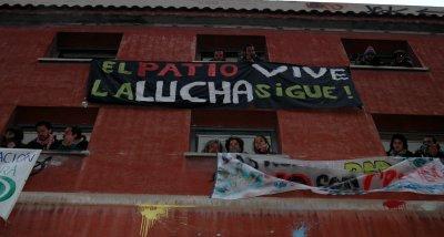 El Patio Maravillas resiste: la movilización consigue parar el anunciado desalojo