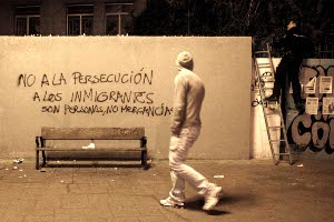 El acoso policial a inmigrantes, en el Alto del Arenal (Vallecas)