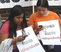 El movimiento ciudadano de Aravaca reclama servicios públicos básicos en sus fiestas patronales