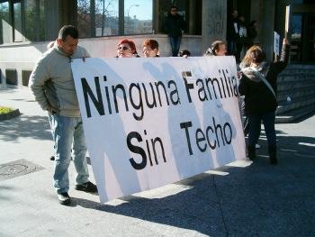 El movimiento ciudadano de San Blas demanda un plan de apoyo a las familias desahuciadas