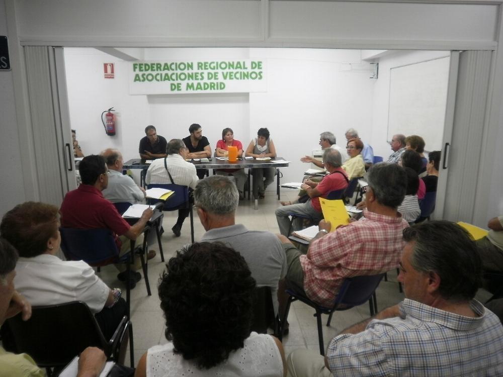 El movimiento vecinal exige unos presupuestos regionales y municipales solidarios y participados