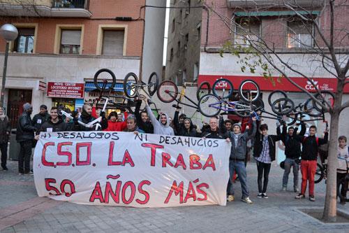 El movimiento vecinal reclama la paralización del desalojo del Centro Social La Traba