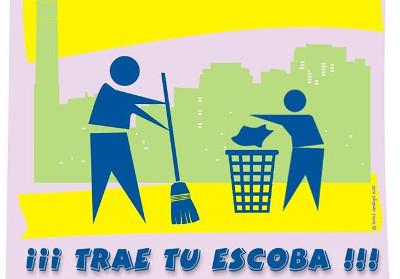 El vecindario de San Cristóbal de los Ángeles se arma de escobas para adecentar su barrio