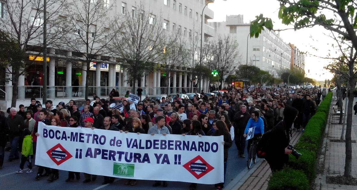 Exitosa movilización en Valdebernardo por la reapertura del acceso sur del metro