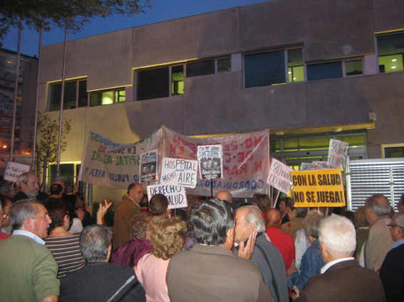 Hortaleza se manifiesta en defensa de la sanidad pública