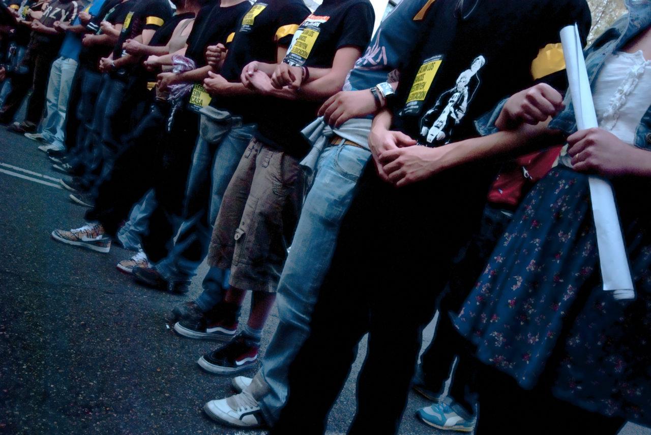Jóvenes del movimiento vecinal crean su propio espacio de coordinación
