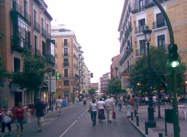 Justicia y Universidad piden una ordenación más racional de la movilidad en el centro de la capital
