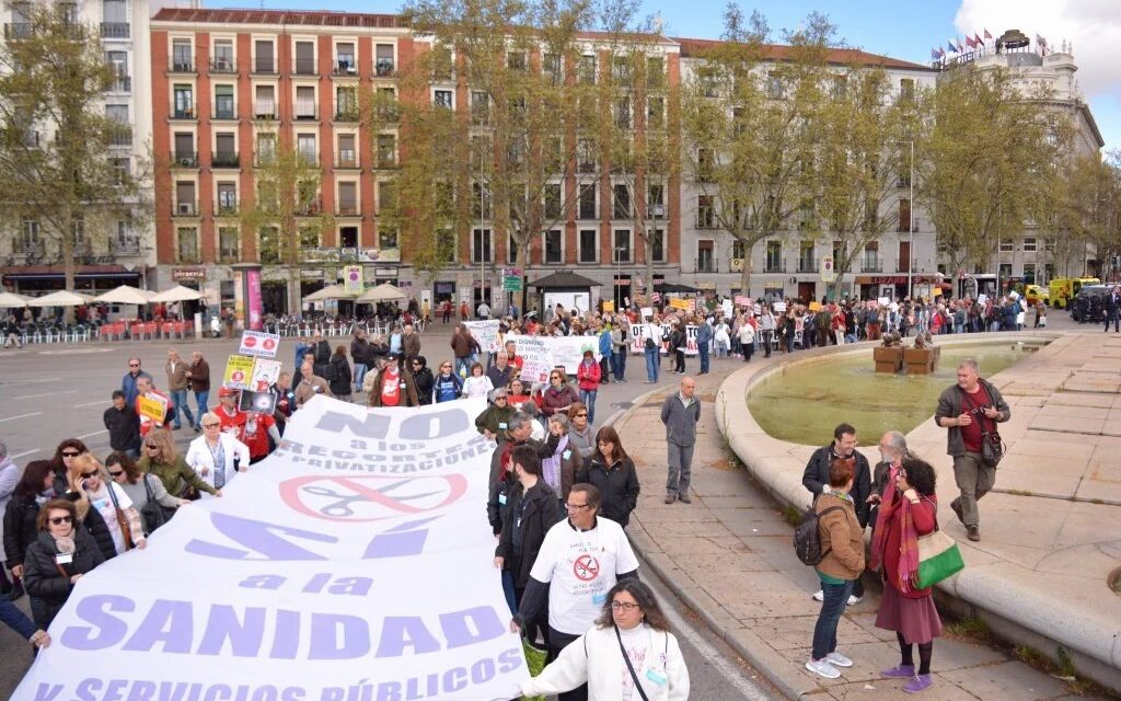 La 43 Marea Blanca denuncia las consecuencias en la sanidad de los tratados de libre comercio
