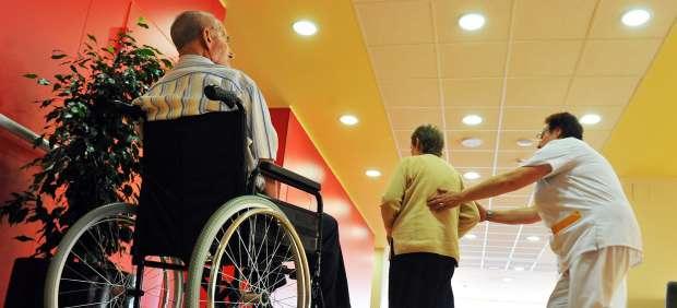 La Coordinadora de Carabanchel critica la actuación del Gobierno regional en el traslado de los usuarios de los centros de discapacitados