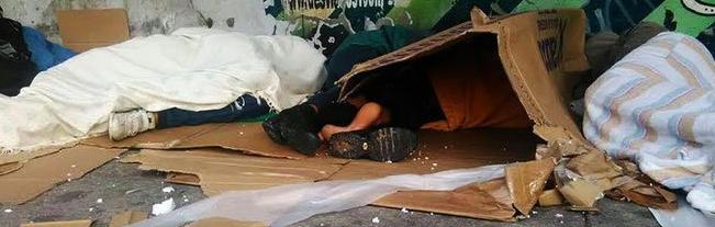La FRAVM demanda al Gobierno regional una solución urgente al problema de los niños que viven en el parque de Clara Eugenia
