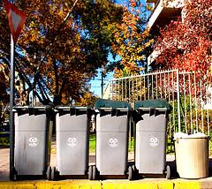 La FRAVM, en contra de la nueva tasa de basura de Madrid