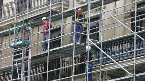 La FRAVM exige a la Comunidad de Madrid que impulse la rehabilitación de viviendas y el alquiler