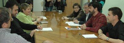 La FRAVM presenta sus propuestas al candidato de IU, Gregorio Gordo