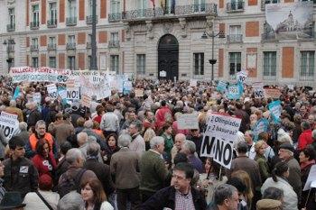 La FRAVM rechaza la privatización parcial que supone la reforma de Sol, un espacio emblemático de participación