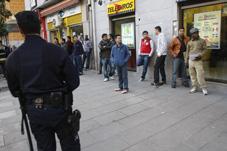 La Federación vecinal rechaza las redadas contra los vecinos y vecinas sin papeles