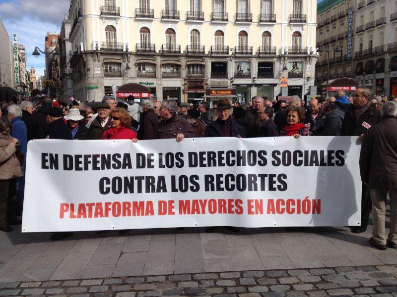 La Plataforma Mayores en Acción lleva sus reivindicaciones a la Puerta del Sol