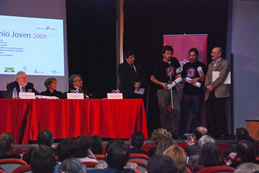 La Universidad Complutense reconoce la labor del movimiento vecinal