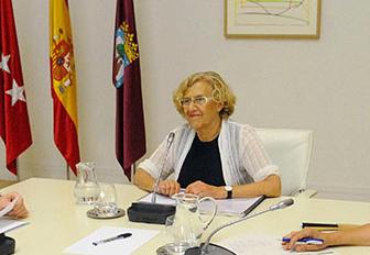 La dirección de la FRAVM se reúne con Manuela Carmena
