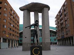 La lucha vecinal salva la plaza de Dalí
