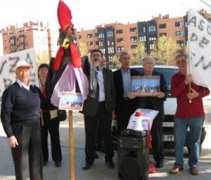 La policía acosa al Gallo Vallecano de las asociaciones vecinales