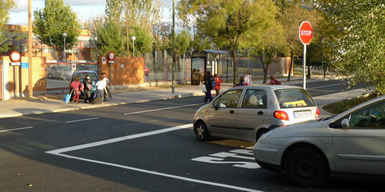 """La """"remodelación"""" de la avenida de Los Rosales no convence a los vecinos"""