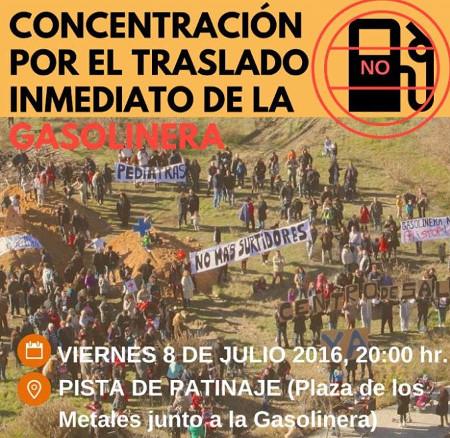La vecindad de Butarque (Villaverde) exige el traslado inmediato de la gasolinera ubicada en el barrio