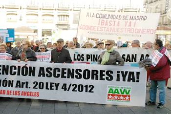 Las AAVV reclaman a los diputados una solución urgente a los miles de afectados por los impagos en las ayudas a la rehabilitación