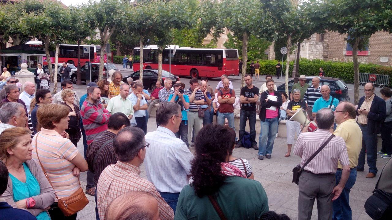 Las asociaciones vecinales de Alcalá de Henares, contra el Plan de Ajuste económico del Ayuntamiento