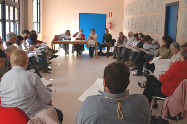 Las asociaciones vecinales de la región debaten su plan de trabajo para los próximos tres años