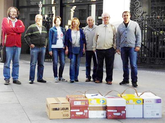 Las asociaciones vecinales presentan 15.000 alegaciones contra el nuevo crematorio de San Fermín