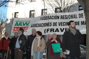 Las asociaciones vecinales presentan un recurso contencioso administrativo contra la tasa de la basura de Madrid