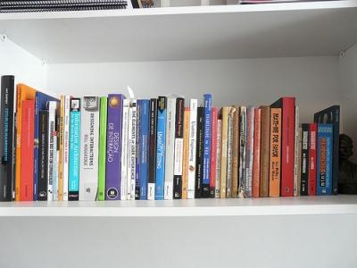 Las asociaciones vecinales rechazan la propuesta de captar voluntarios para trabajar en las bibliotecas de Madrid